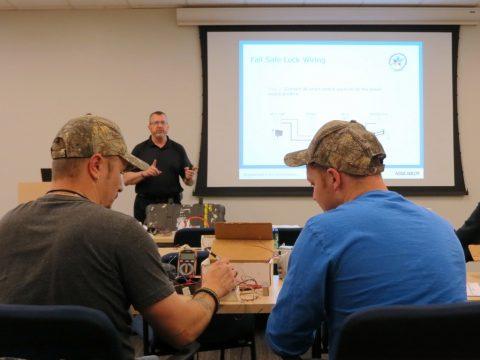 Roger Schmidt from ASSA ABLOY instructs technicians